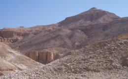 La Valle dei Re LUXOR 14 giugno 2005 leggera